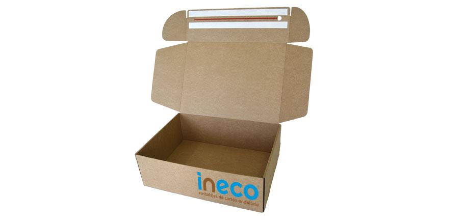 Caja para ecommerce con adhesivos